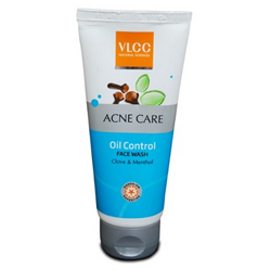 Best anti acne face washes in India