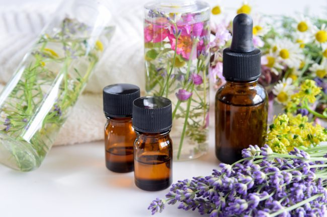 Top Essential Oil For Anti Aging & Anti Wrinkle Problems