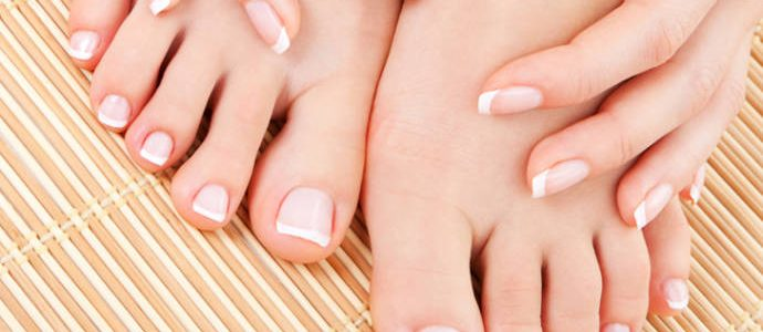 Essential Foot Care Tips In Winter
