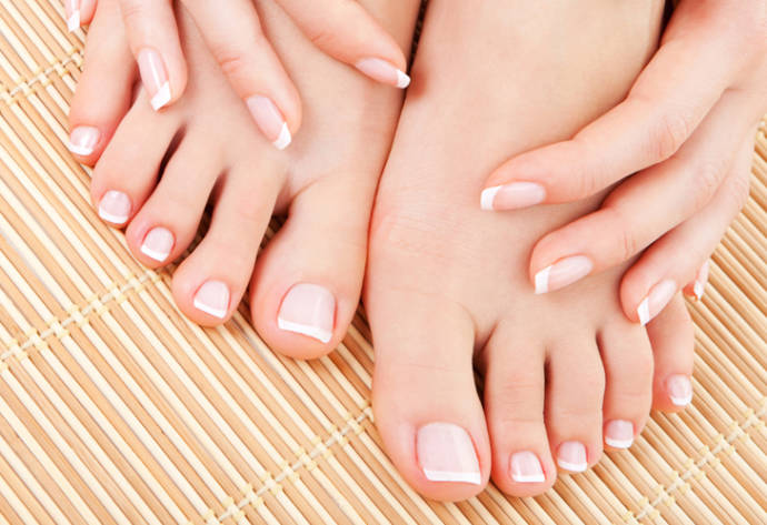 essential foot care tips in winter.